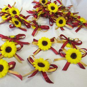 сватбени цветчета за закичване